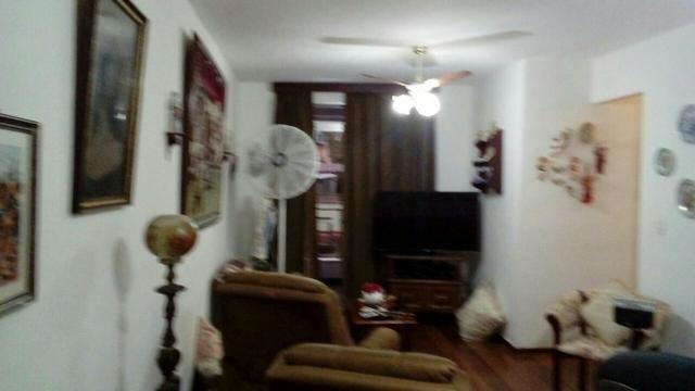 Apartamento com 3 quartos -Com vaga- Petrópolis-RJ