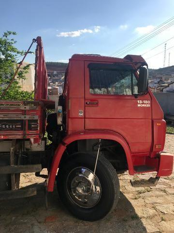 Caminhão 13/180 2004 - Foto 3
