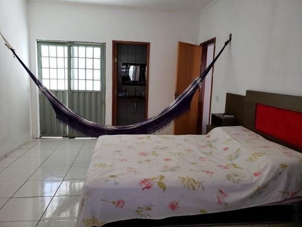 Casa no Centro de Esperantina/PI, com 4 Quartos