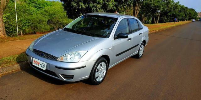Focus Sedan 1.6 8v (Completo!!!) o mais Novo de Londrina, placa (A). Impecavel!!!