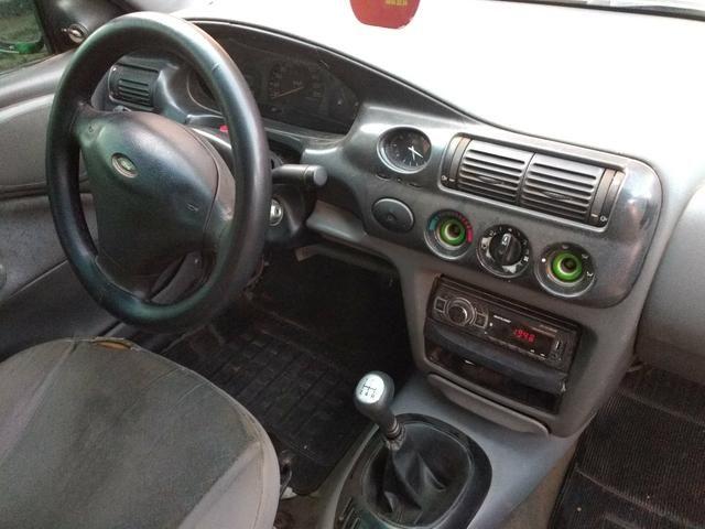 Ford Escort 1.8 GL 16v ano 2000 - Foto 2