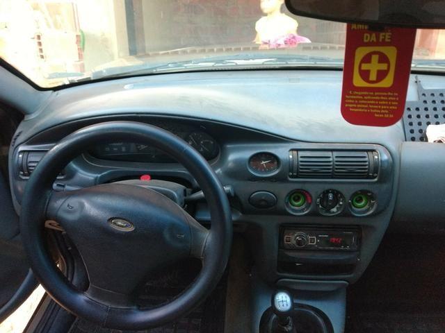 Ford Escort 1.8 GL 16v ano 2000 - Foto 4