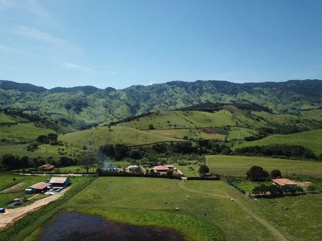 Maravilhoso Sítio com 6,863 Hectares, no Bairro dos Freires Município de Piranguçu/Mg - Foto 2