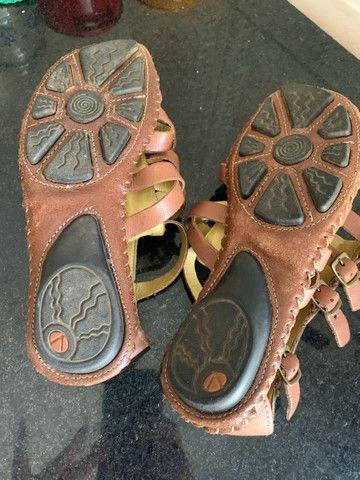 Sandália couro linda 37((150$)) - Foto 3