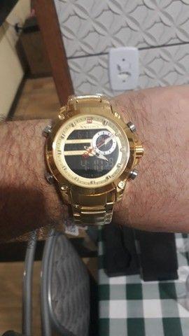 Relógio importado naviforce