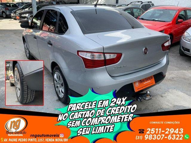 Fiat Grand Siena 1.6 Essence 2017 apenas 46 mil rodados - Foto 5