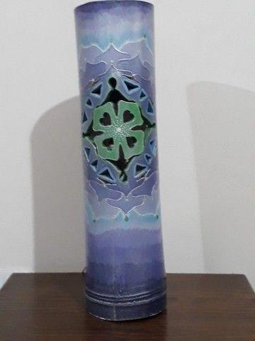 Luminária em bambu com formato em mandala