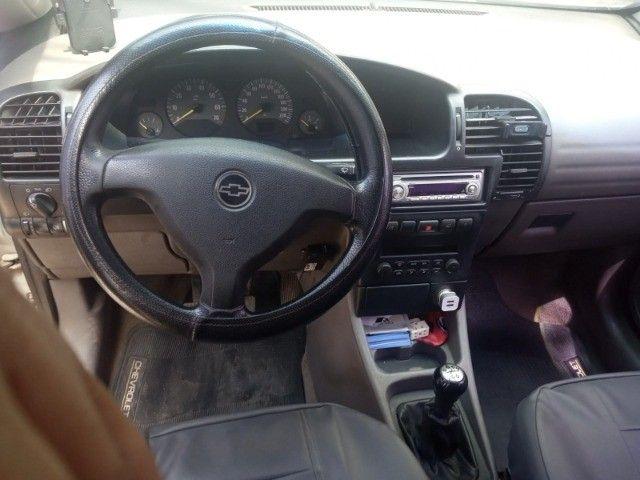 Vendo carro Zafira 7 lugares - Foto 11