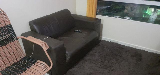 Vendo Sofá de couro Usado... - Foto 4