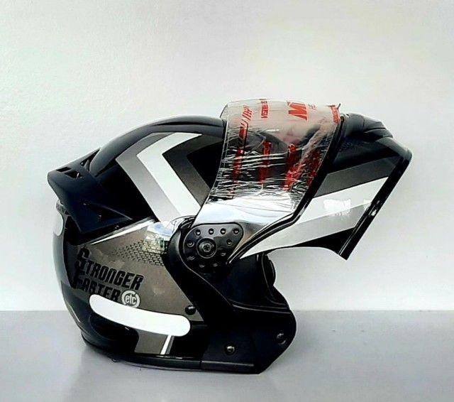 Capacete Moto Mixs Gladiator Carbon Escamoteável Antiguidades - Foto 5