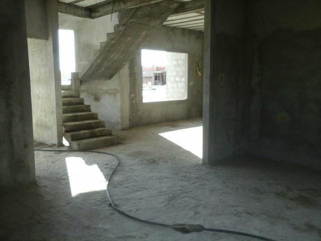 Casa em construção. Condomínio fechado - Foto 2