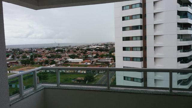 Apartamento com 3 Suítes e Varanda com Churrasqueira