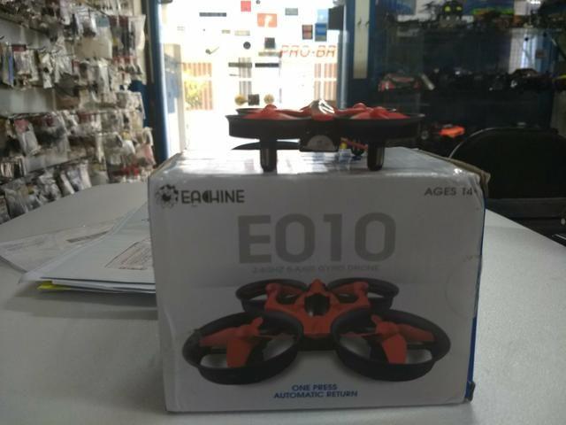 Nini drone E010 um show