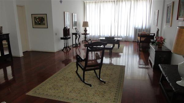 Apartamento com 4 quartos e duas ótimas vagas Prudente de Morais – Ipanema