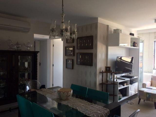 Apartamento 3 quartos Cond. Pedras do Atlântico
