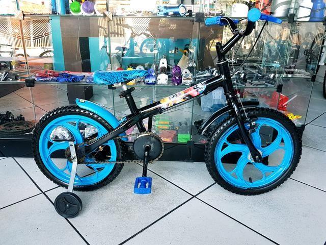 Bicicleta aro 16 Caloi Hotwheels . garantia 30 dias