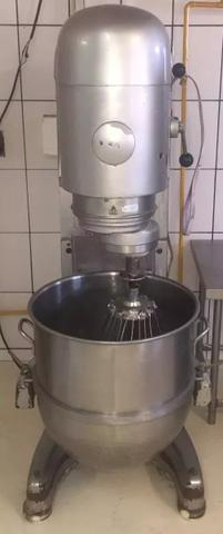 Batedeira - 140 litros Hobart