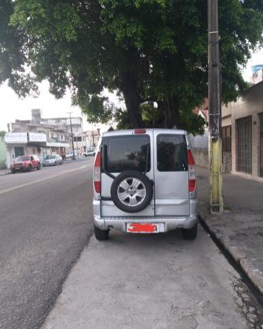 Fiat DOBLO Adventure 2005 COM GÁS - Foto 7