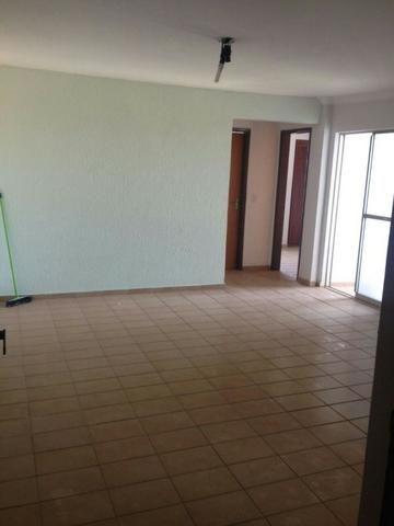Vendo apartamento 2 quartos com 2 vagas Jd América 170mil - Foto 3