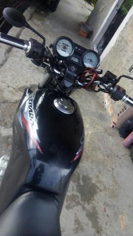 CBX 200 Strada vendo ou troco por moto ou carro em dias - Foto 4