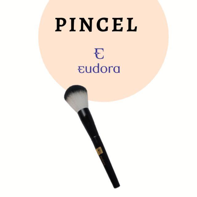 Pincel Eudora