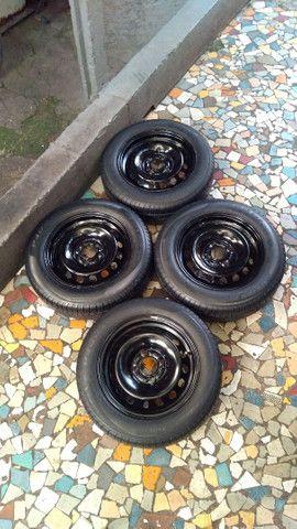 Jogo de rodas de ferro aro 14/4 furos originais Ford Ka Ford Fiesta e outros - Foto 3