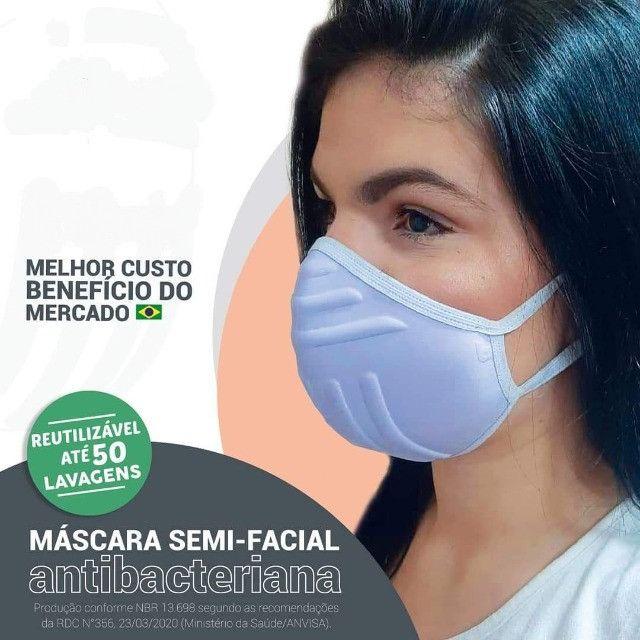 Mascara com proteção três barreiras - Foto 5