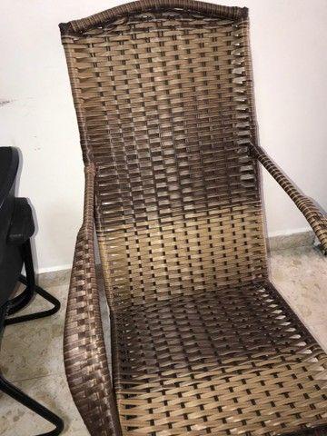 Cadeira de balanço em fibra