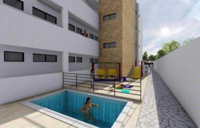 Apartamento no José Américo com 2 quartos, ambientes com varanda. Pronto para morar