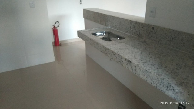 Apartamento B. Caravelas. COD A203. 2 qts/suíte, elevador,69 m². Valor 200 mil - Foto 10