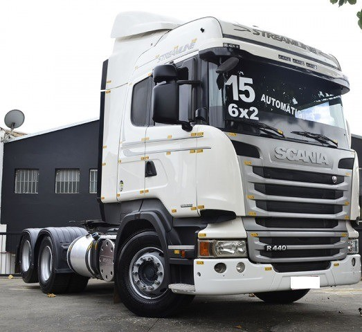 Scania R 440 6x2 Highline Streamline ano 2015.