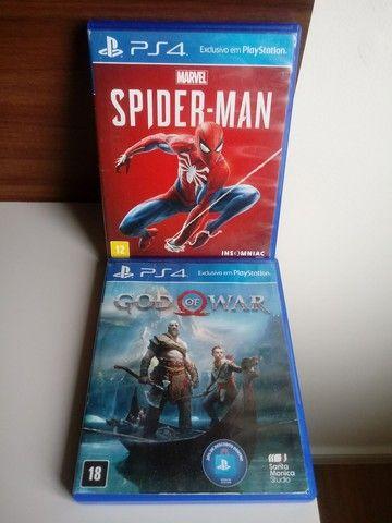 Jogos Ps4 God of War e Spider Man
