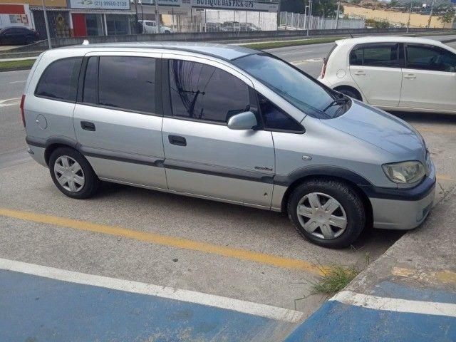 Vendo carro Zafira 7 lugares - Foto 15
