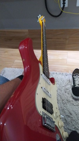 Stratocaster SSH  - Foto 2