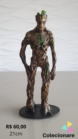 Estatuetas em resina - média 18cm - Foto 2