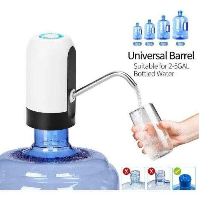 Bomba Elétrica Universal com Carregamento USB para Galão Garrafão de Água