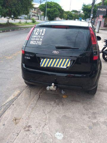 Ford Fiesta Hatch  - Foto 2