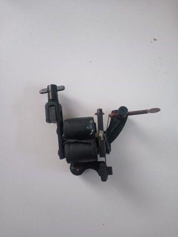 Maquinas tattoo + fonte com pedal e cabos - Foto 4