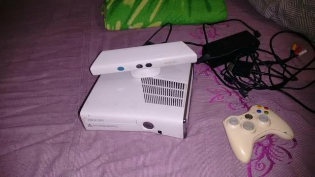 Vendo video game xbox 360 destravado com hd de 1 tera com 40 jogos