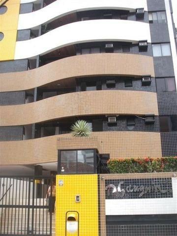 Apartamento na Ponta com 114m² nascente, completo de armarios