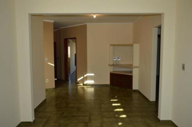 Casa em batatais,3 dormitorios,1 suite, piscina, sauna e varanda gourmet, região central - Foto 2
