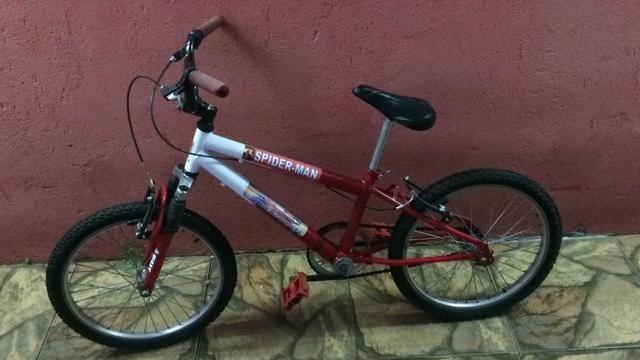 Bicicleta infantil Homem-Aranha