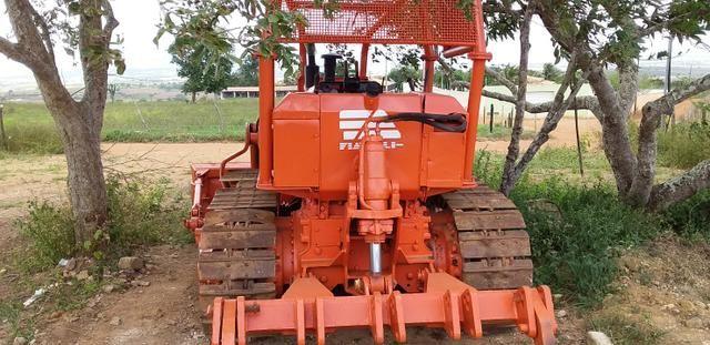 Trator de esteira AD7B Fiat com escarificador - Foto 2