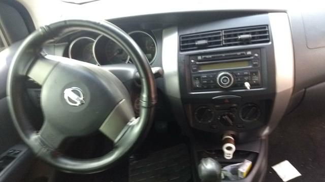 Nissan Livina 11/12 1.6 SL - Foto 2