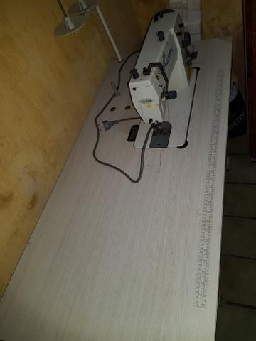 Máquina de costura Industrial completa com mesa e motor - Foto 6