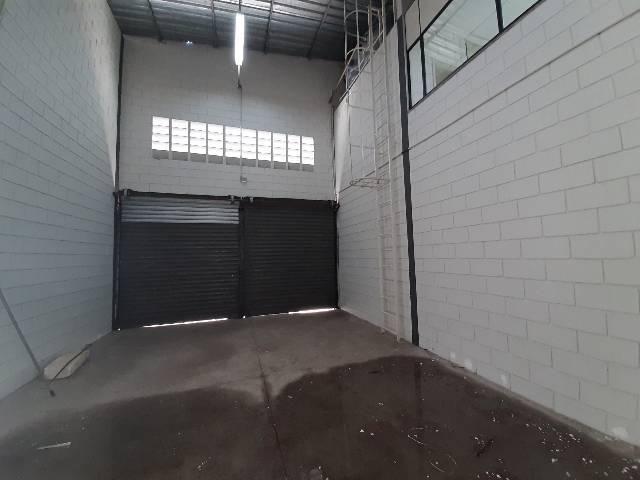 Galpão lndustrial  Condominio Eldorado locação. SJC.  - Foto 12