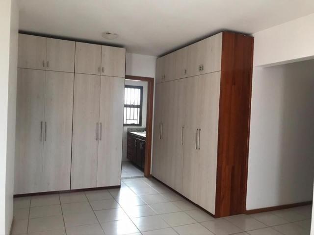 Porto Fino, Nazaré, 4 dormitórios, 4 suítes, 5 banheiros, 3 vagas - Foto 4