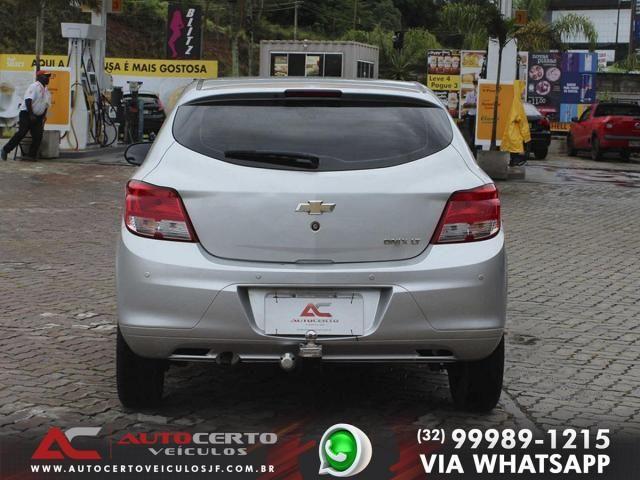 Chevrolet Onix LT 1.0 8V 2014/2015 - Foto 5