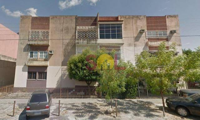 Apartamento 3 quartos, no Joquei, próximo à escola Lerote.