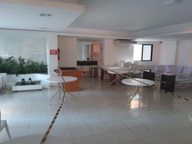Apartamento três quartos mais dependência  - Foto 4